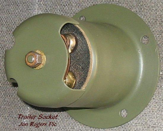 Warner Trailer Plug